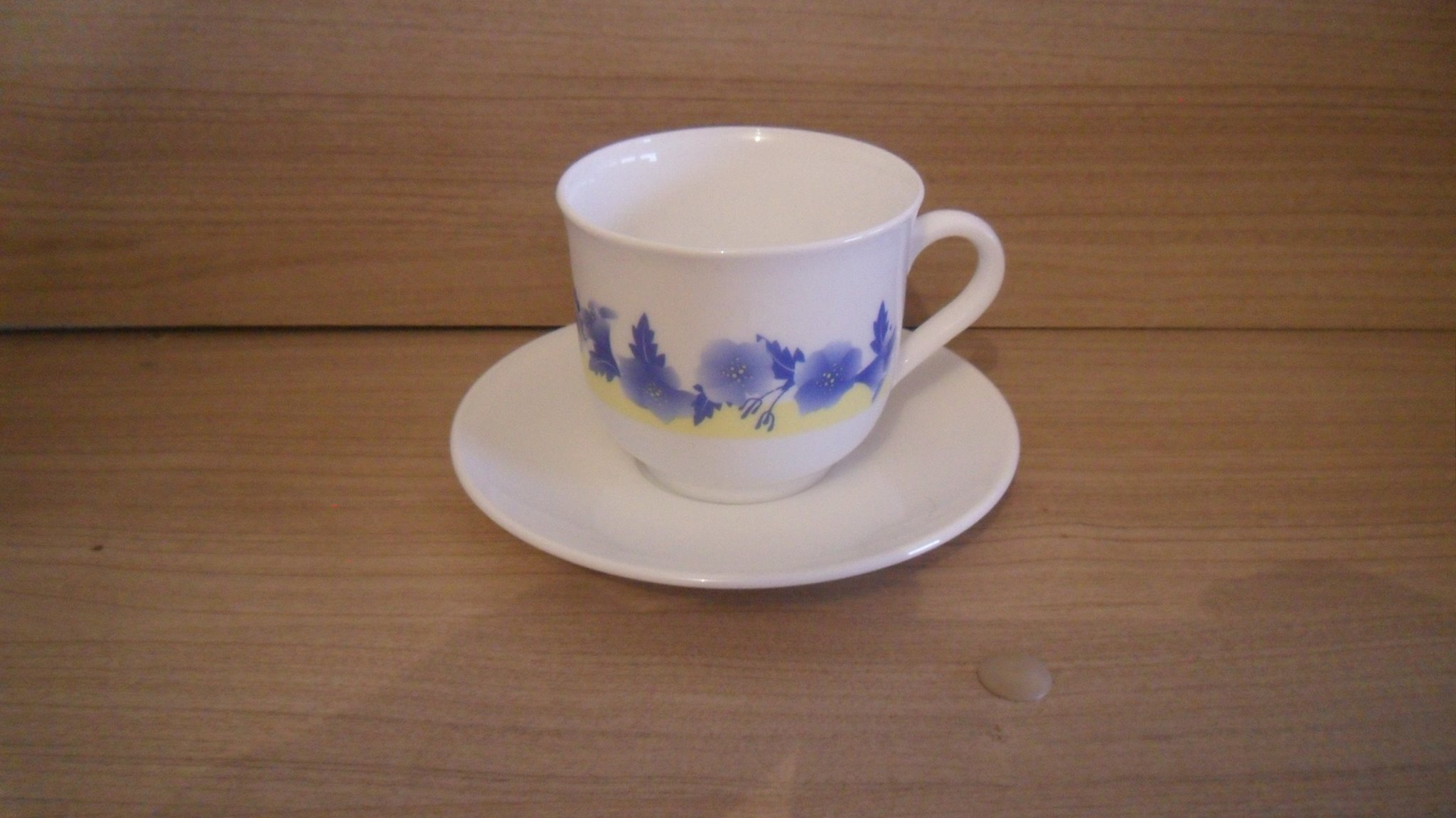 lot de 6 tasses plus sous tasse 0865