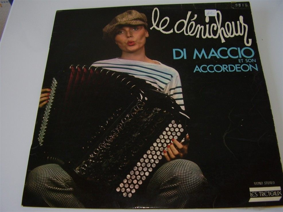 Di Maccio Christian Et Son Accordéon le denicheur 0338